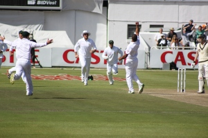 Philander gets Michael Clarke